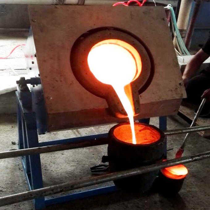 中频熔铅设备