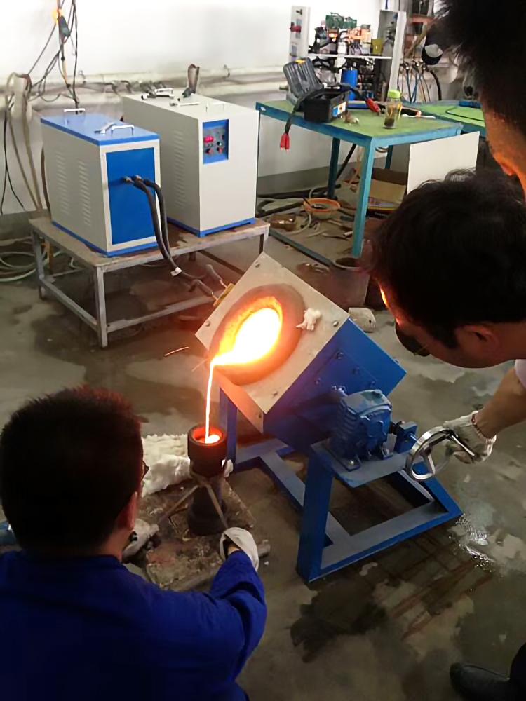 黑龙江哪里有维修中频炉|金属熔化炉厂家维修